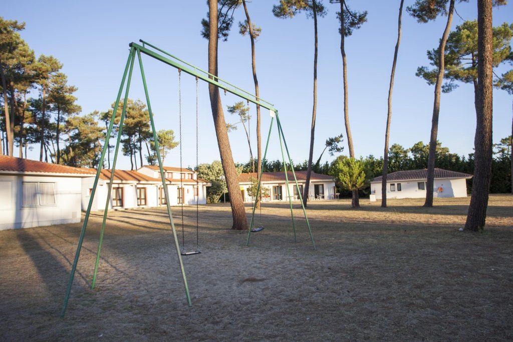 Balançoire de Sous Les Pins by Popinns à La Tremblade (17)